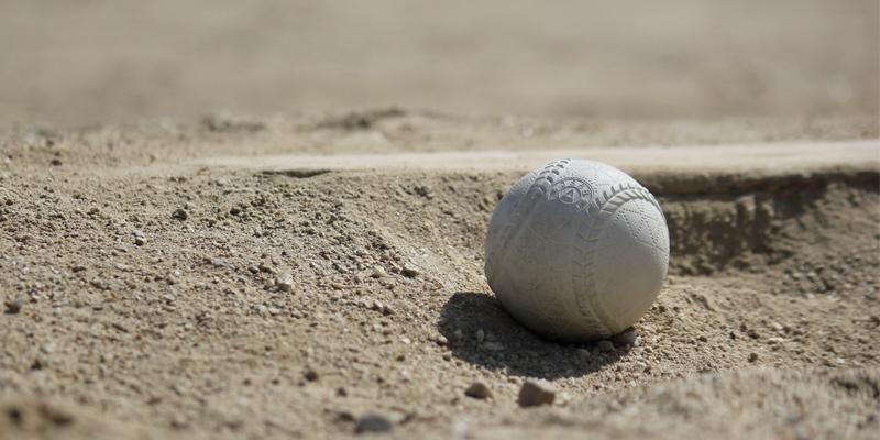 軟式ボールはどこのメーカーが良いのか