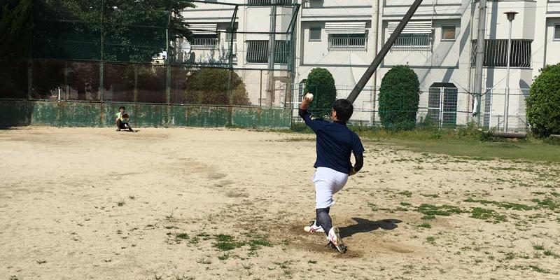左投げ転向の練習