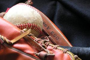【運営歴5年】草野球チームを運営する上で買ってよかった野球道具